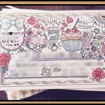 色鮮やかに装飾された返信ハガキは祝福の気持ちが伝わってきますね♪